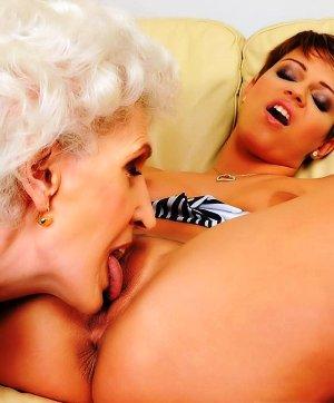porno-video-yanka-porno-russkie-molodie-sisyastie-devushki